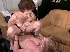 Depraved granny fucking with guy in diff positions