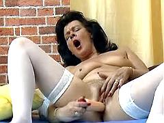 Thick dildo makes granny come hard