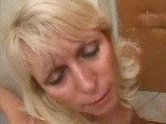 Shabby blonde mature fucks on floor