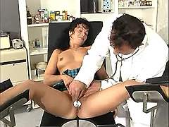 Preggy cutie gets full pleasure from gynaecologist