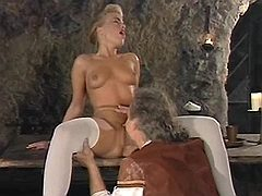Gorgeous mistress gets full pleasure from nobleman