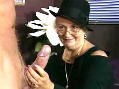 Oldie enjoys oral in cafe