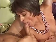 Cute milf in threesome