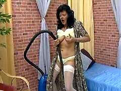 Old maid slut gets horny cleaning