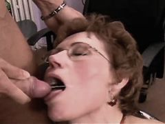 Mature fucks in diff positions n gets cum in mouth