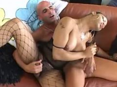 Ebony shemale and guy sucking cocks