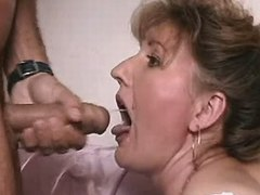 Cute mature gets cumshot in mouth after hard fuck