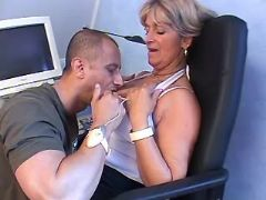 Lusty granny spoils guy and gets fisting in chair